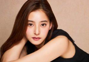 ニベアミルキークリアCM女優の新木優子が可愛い|すっぴん姿でハイテンション洗顔が可愛いと話題。
