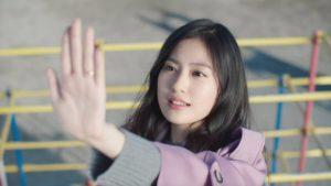 THE KISS CM女優・恒松祐里と俳優・富田健太郎がお似合いすぎる|CMソングも合わせてチェック