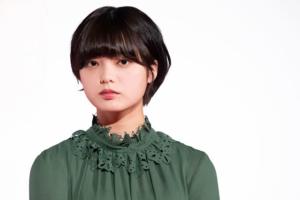 平手友梨奈の脱退理由はなぜ&卒業との意味の違いは?今後の活動や欅坂46メンバーとの不仲説もチェック。
