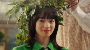 ウーバーイーツ最新CMで女優小松菜奈&黒柳徹子が共演|豪華すぎる組み合わせが話題に。
