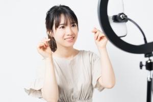 日本でライブコマースを活用している企業や個人の事例を紹介